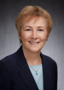 Photo of River City Bank Board Member, Elaine Lintecum.