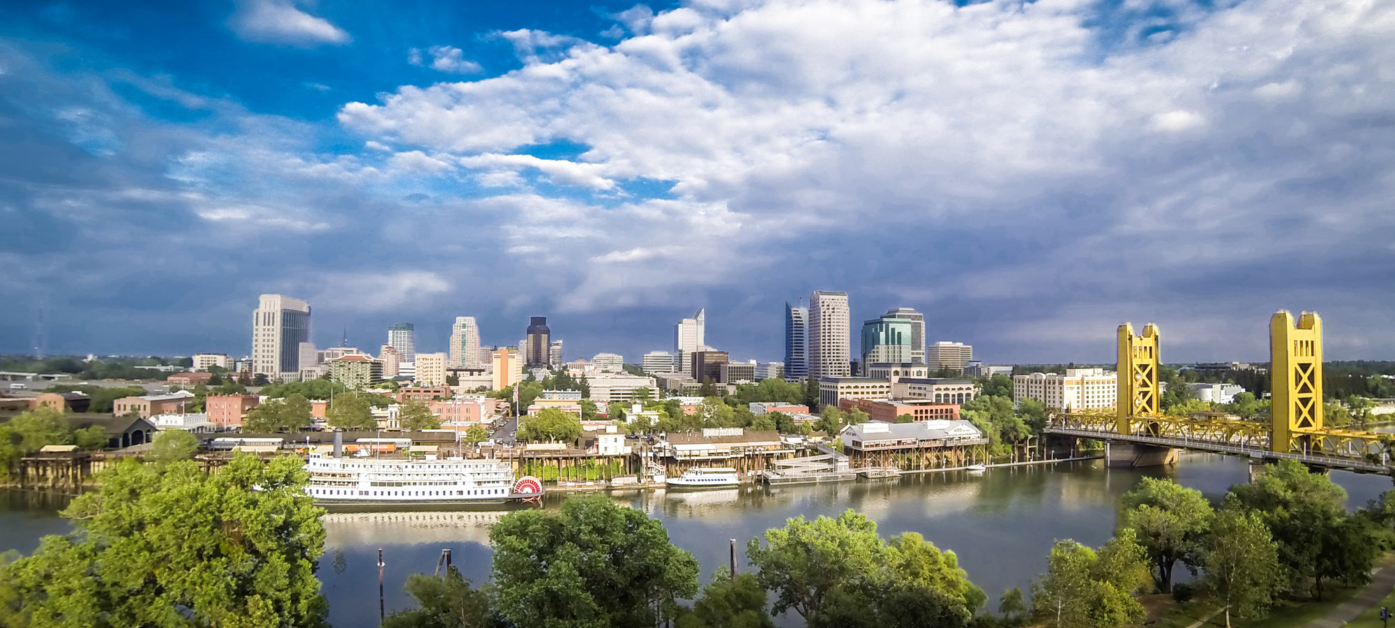 Photo of the Sacramento skyline.
